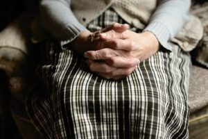 孤独死を防ぐための対策